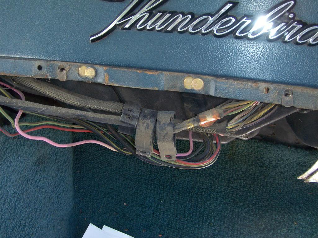 Chevy Impala Fuse Box Diagram Moreover Suzuki Reno Wiring Diagrams